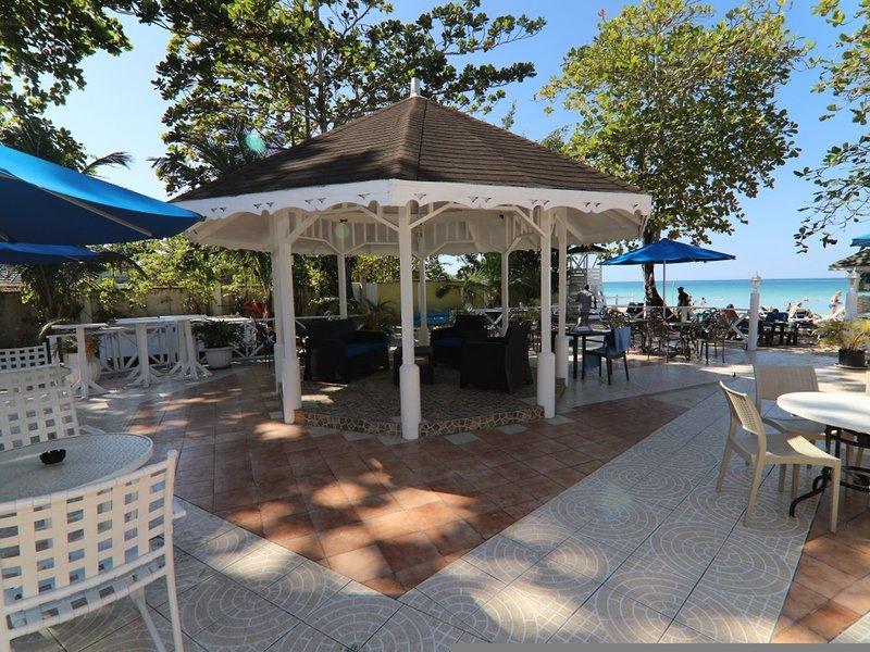 Merril´s Beach Resort II 2