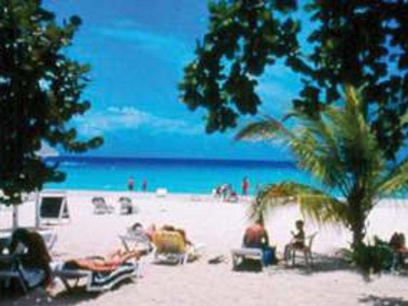 Merril´s Beach Resort II 14