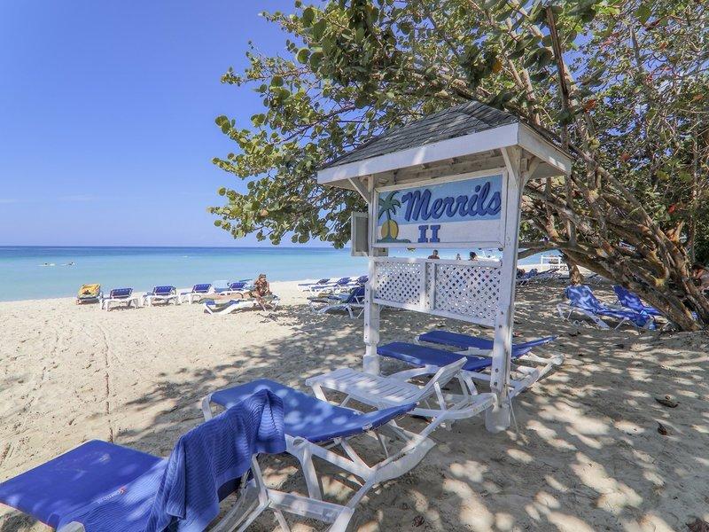 Merril´s Beach Resort II 12