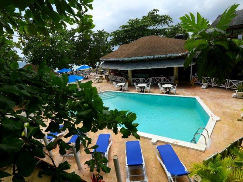 Merril´s Beach Resort II 18